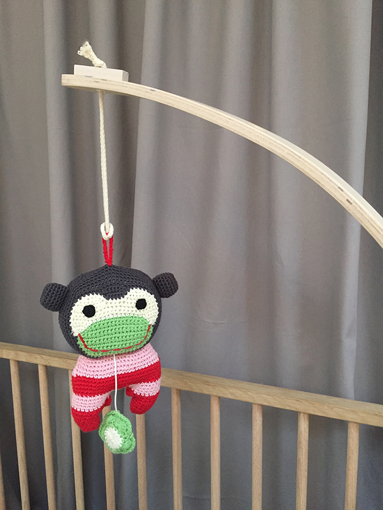 Buster monkey musical toy