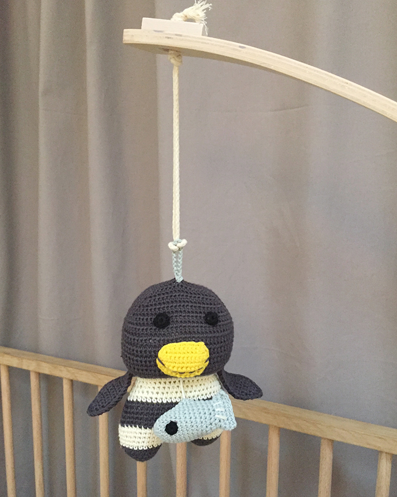 Molly penguin musical toy