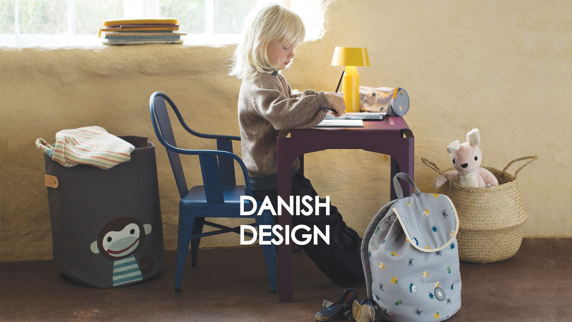 3-DANISH-DESIGN-with-girl